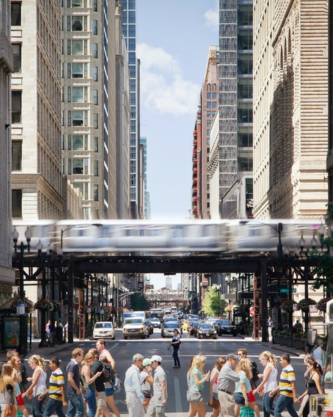 Transit and city streetscape in Chicago